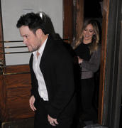 http://img286.imagevenue.com/loc415/th_930275833_Hilary_Duff_leaves_Madeo_Restaurant1_122_415lo.jpg