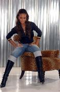 http://img286.imagevenue.com/loc452/th_450295202_Rihanna_AnthonyCutajarPhotoshoot20059_122_452lo.jpg